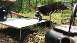 テオゴニア 炭バサミ:使用風景