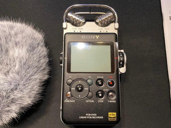 PCM-D100の見た目