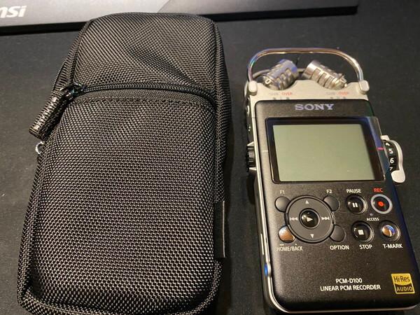 PCM-D100の見た目:ケース
