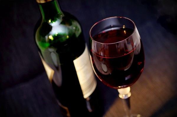 2.寝れない時以外でも、お酒は飲まないほうが良い話